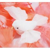 Baltas dekoratyvinis paukštelis su smeigtuku
