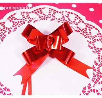 Sutraukiamas raudonos/bordo spalvos dovanų kaspinas
