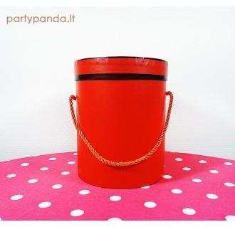 Cilindro formos raudona dėžutė su juoda juostele, maža