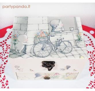 Muzikinė dėžutė papuošalams su dviračiu