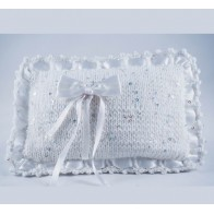 Megzta vestuvinė pagalvėlė žiedams