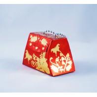 Dovanų dėžutė - rankinė, raudona